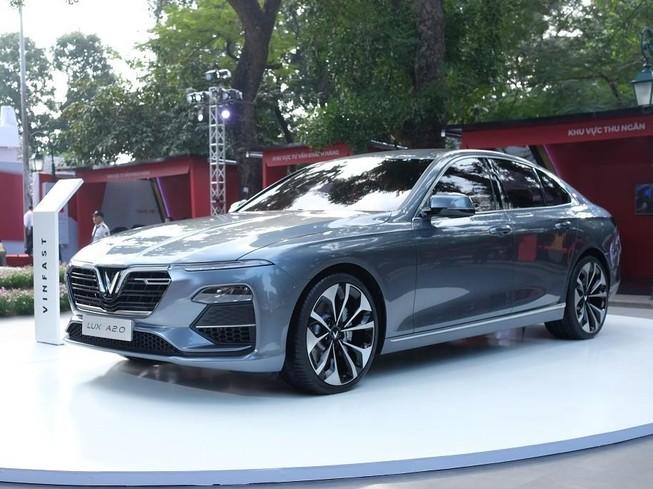 Mua xe VinFast được tùy chọn trang thiết bị và tính năng