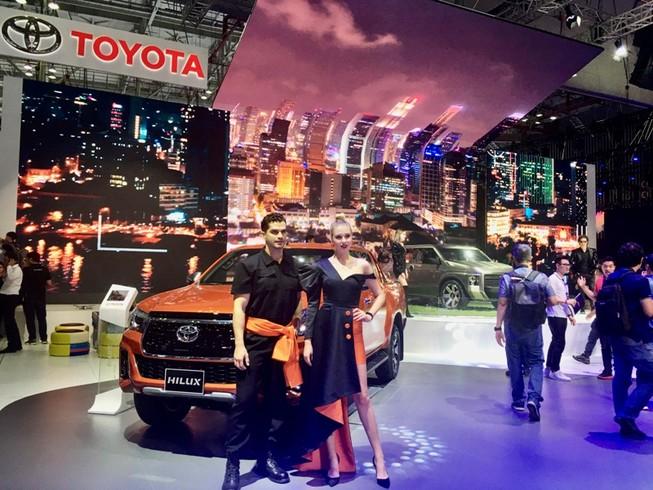 Bảng giá Toyota tháng 11: Fortuner giảm đến 100 triệu đồng