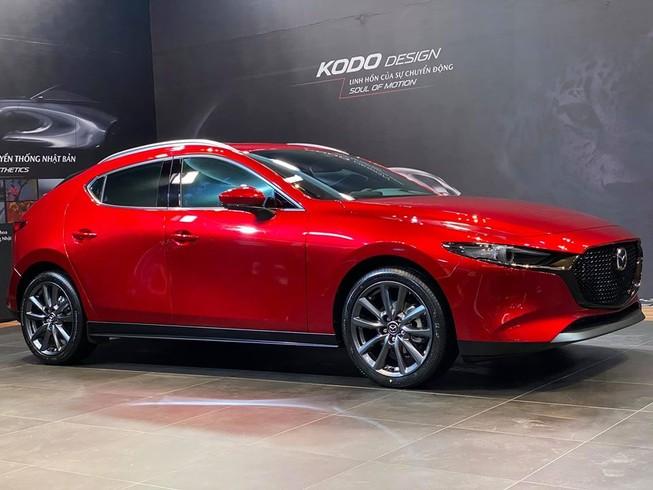 Giá lăn bánh các phiên bản Mazda 3 2020 tại Việt Nam