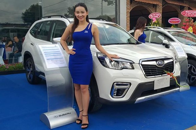 Subaru Forester giảm giá chỉ còn 960 triệu đồng