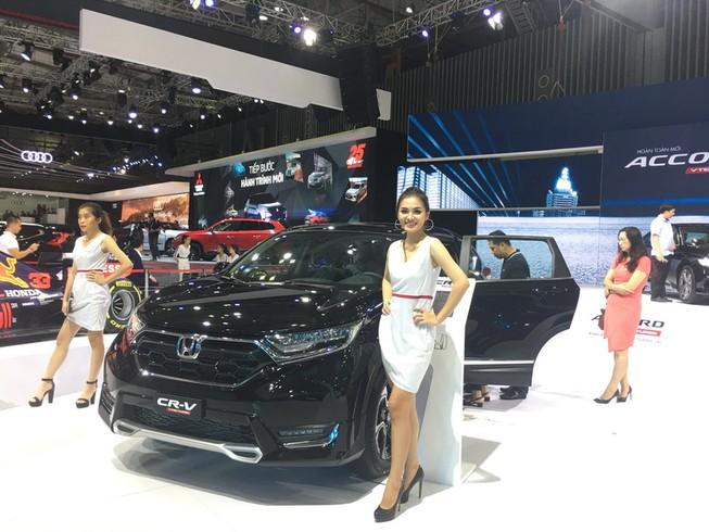 Honda CR-V giảm sâu chỉ còn giá 933 triệu đồng