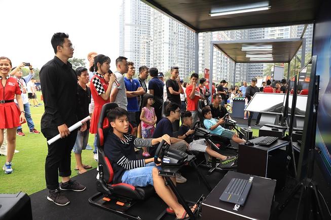 Đường đua F1 chào đón sự trải nghiệm của hàng ngàn người dân