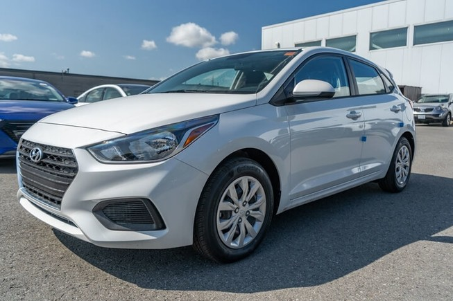 Hyundai Accent ra mắt thêm bản hatback giá chỉ 350 triệu đồng