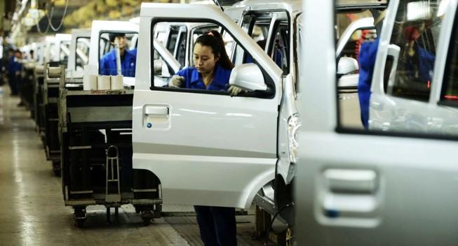 Các nhà máy sản xuất xe hơi tại Trung Quốc đóng của vì virus