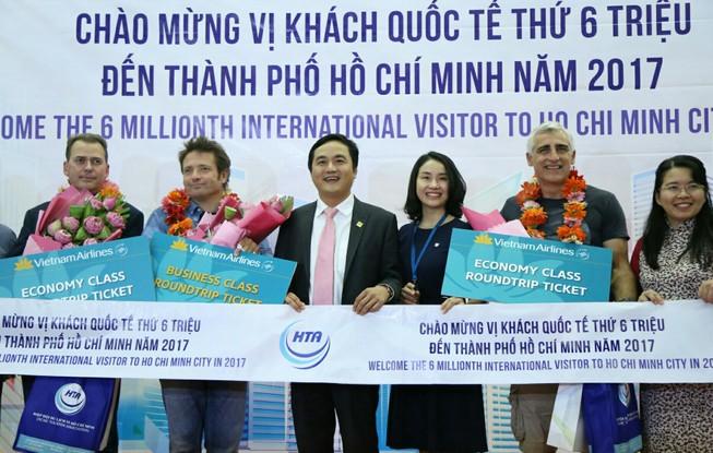 TP.HCM đón vị khách đặc biệt tại sân bay Tân Sơn Nhất