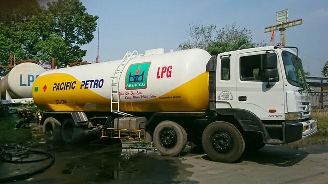 Giá gas tiếp tục đồng loạt giảm mạnh 13.000 đồng/bình