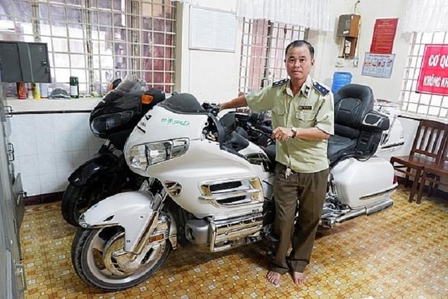 Xe mô tô phân khối lớn nhập lậu do lực lượng quản lý thị trường tỉnh Long An bắt giữ. Nguồn Internet