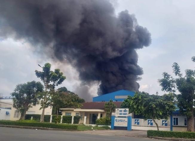 Cháy lớn tại Khu chế xuất Linh Trung 1, TP.HCM