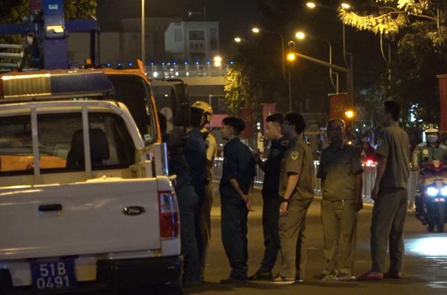 Xuyên đêm truy bắt kẻ cầm súng, cầm vật nghi lựu đạn ở quận 10