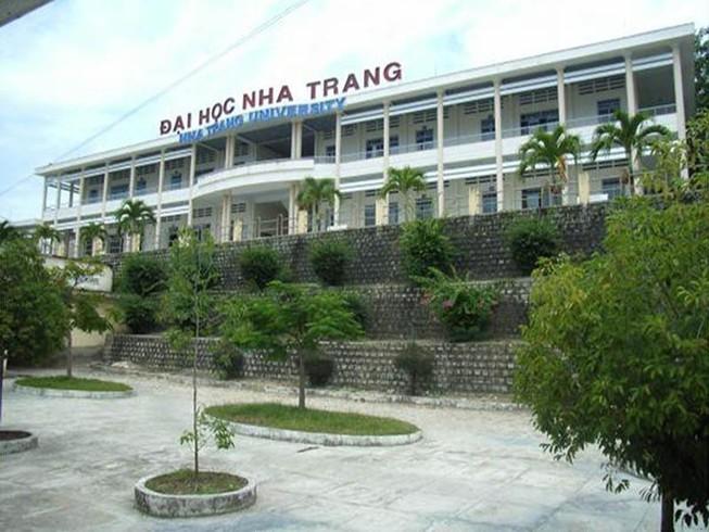 Kết quả xét nghiệm 2 sinh viên bị sốt về từ Đà Nẵng