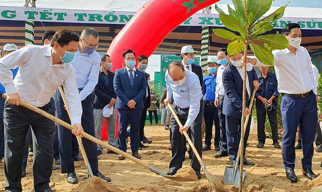 Thủ tướng: Hãy vì một Việt Nam xanh!