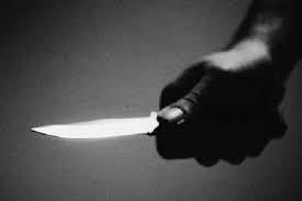 Chưa đầy 12 tuổi đã mang dao đi đâm thủng tim người