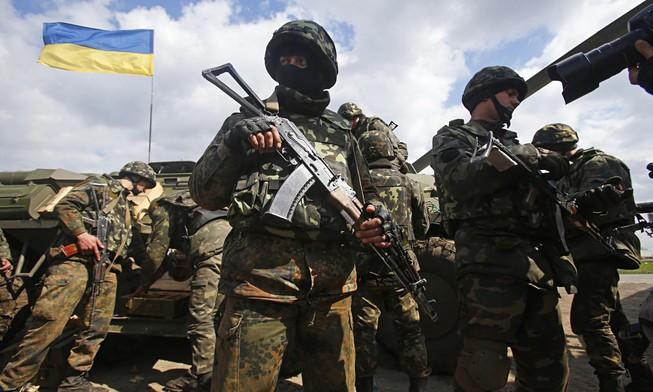 Xóa lệnh ngừng bắn, quân đội Ukraine sẵn sàng chiến đấu