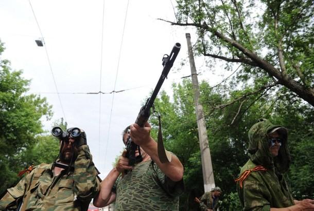 Ukraine cáo buộc Nga tham chiến bằng tên lửa