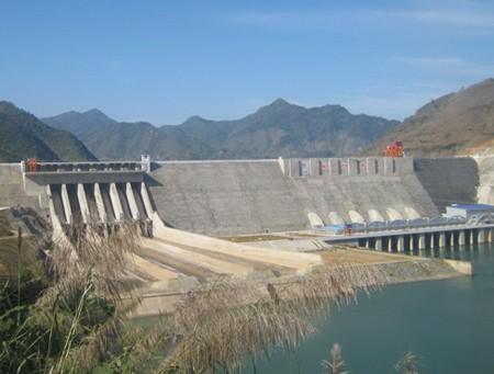 Nguy cơ mất an toàn việc ngăn kênh dẫn dòng thủy điện Lai Châu