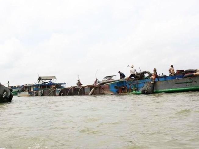 Bộ Công an thông tin vụ bắt 14 tàu trộm cát sông Hàm Luông