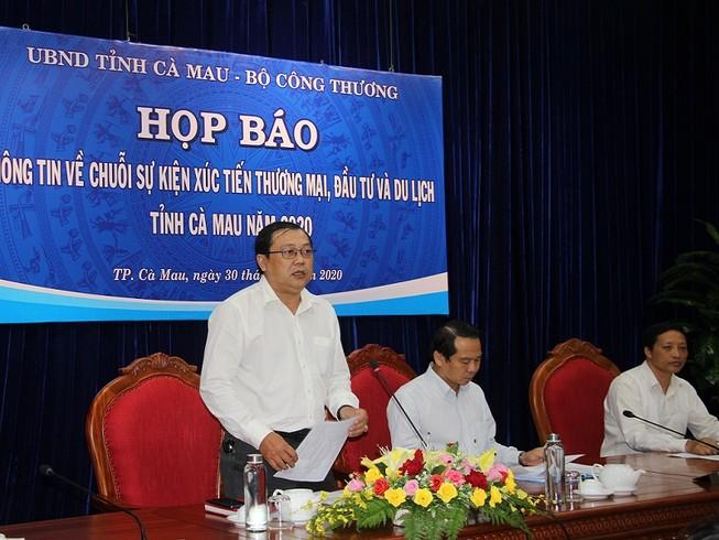 Cà Mau mở hội chợ thương mại ở Quảng trường Thanh Niên
