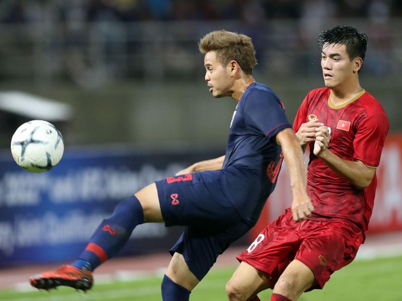 Thái Lan lấy nửa đội hình chơi J-League 'dọa' thầy Park - ảnh 1