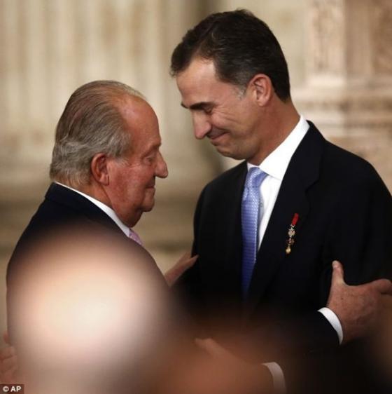 Cận cảnh Lễ thoái vị của vua Tây Ban Nha - ảnh 3