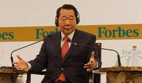 Tỷ phú Thái Lan Charoen Sirivadhanabhakdi đã hoàn tất thương vụ mua 15 triệu cổ phiếu của VNM.
