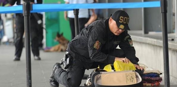 Bom xe ở Philippines: Mục tiêu có thực sự là Đại sứ quán Trung Quốc? - ảnh 1