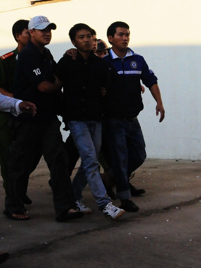 Nguyên trung sĩ xả súng ở Cần Thơ: Tổng hình phạt 9 năm, 9 tháng tù giam - ảnh 8