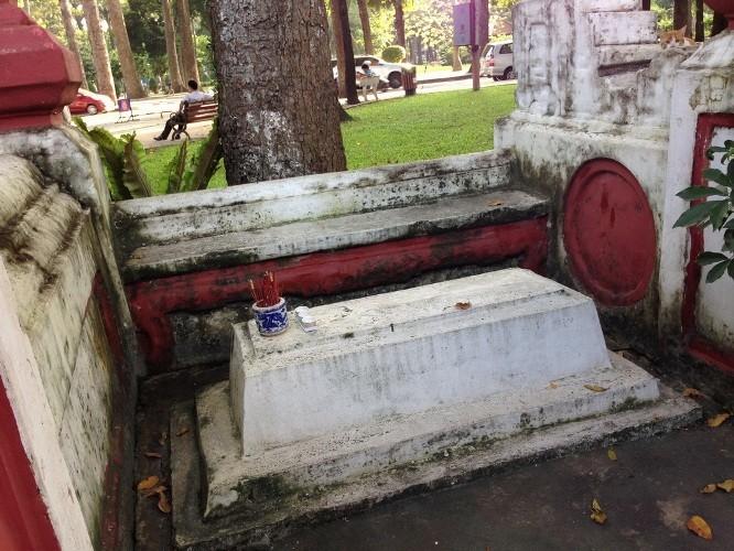 Ngỡ ngàng với vẻ đẹp trường tồn của mộ xưa - ảnh 11