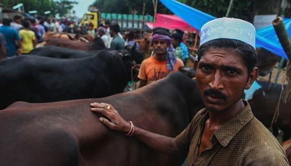 Xuất hiện dòng sông máu tại thủ đô Bangladesh - ảnh 6