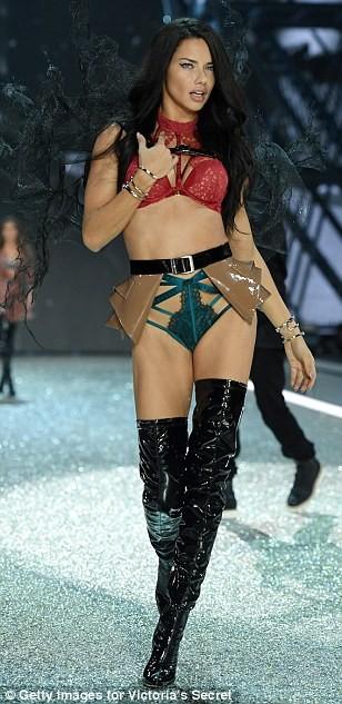 Lộ diện dàn thiên thần nóng bỏng của Victoria's Secret - ảnh 11