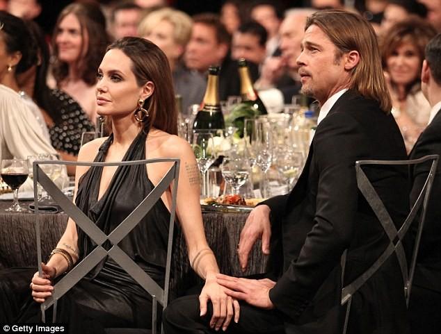 Brad Pitt bị tước quyền thăm các con - ảnh 2