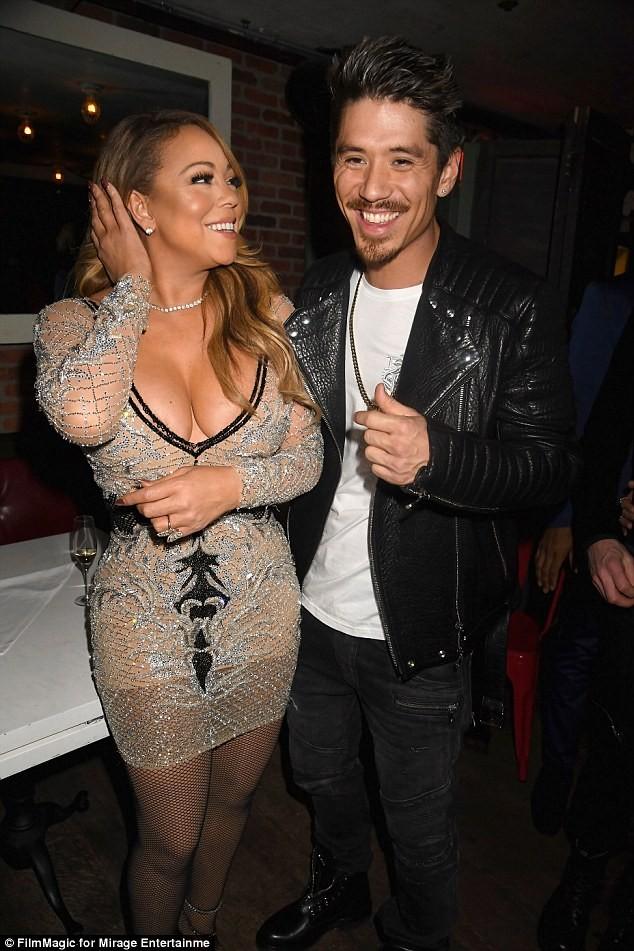 Mariah Carey diện đồ gợi cảm bên người tình trẻ - ảnh 3