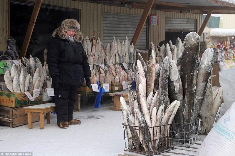 Lạnh -53 độ C, trẻ em Nga vẫn phải đến trường - ảnh 6