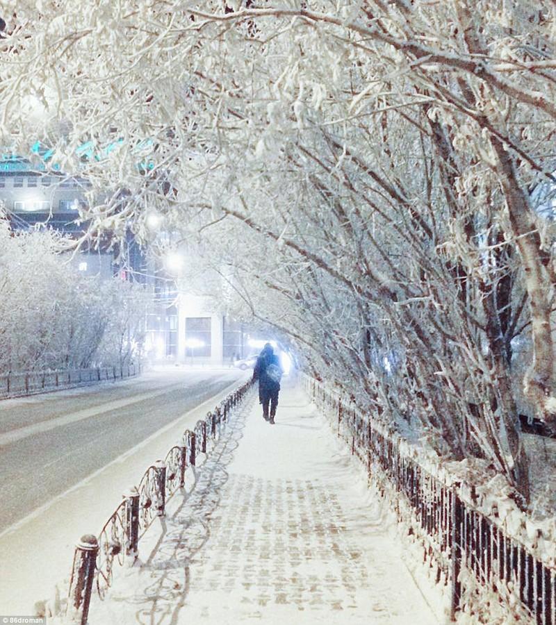Lạnh -53 độ C, trẻ em Nga vẫn phải đến trường - ảnh 9