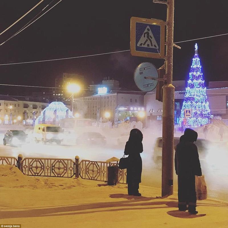 Lạnh -53 độ C, trẻ em Nga vẫn phải đến trường - ảnh 8