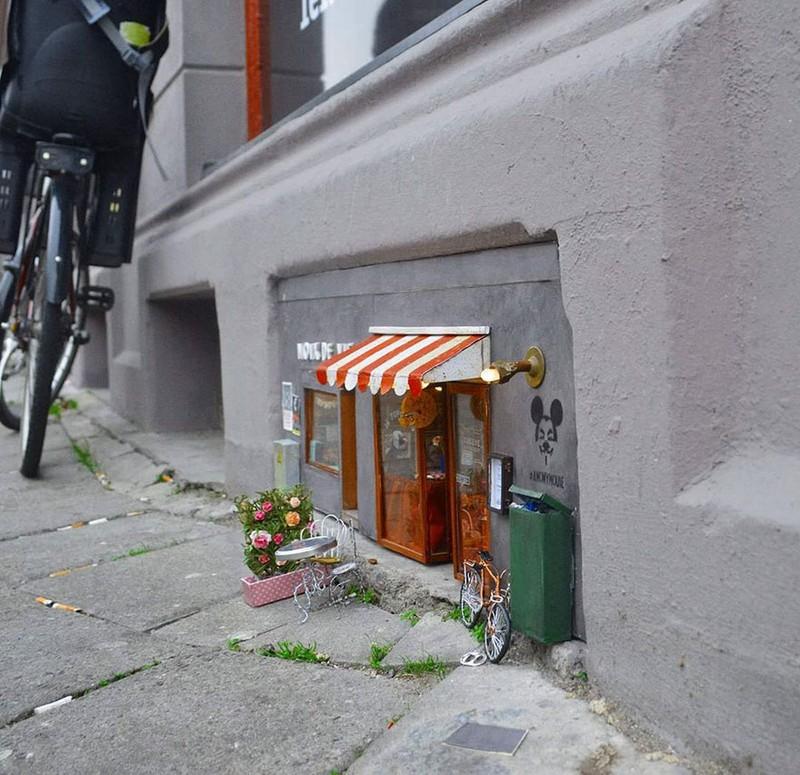Ngộ nghĩnh những ngôi nhà chuột trên phố Thụy Điển - ảnh 7