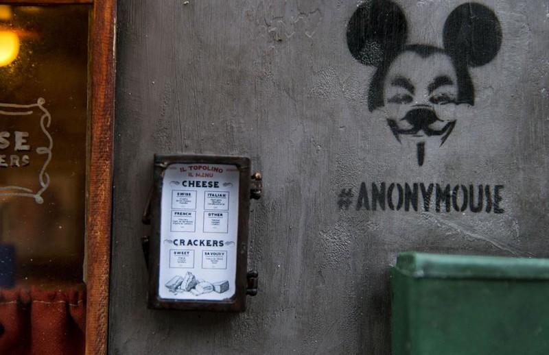 Ngộ nghĩnh những ngôi nhà chuột trên phố Thụy Điển - ảnh 6