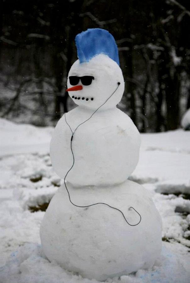Những người tuyết kinh dị nhất thế giới - ảnh 1