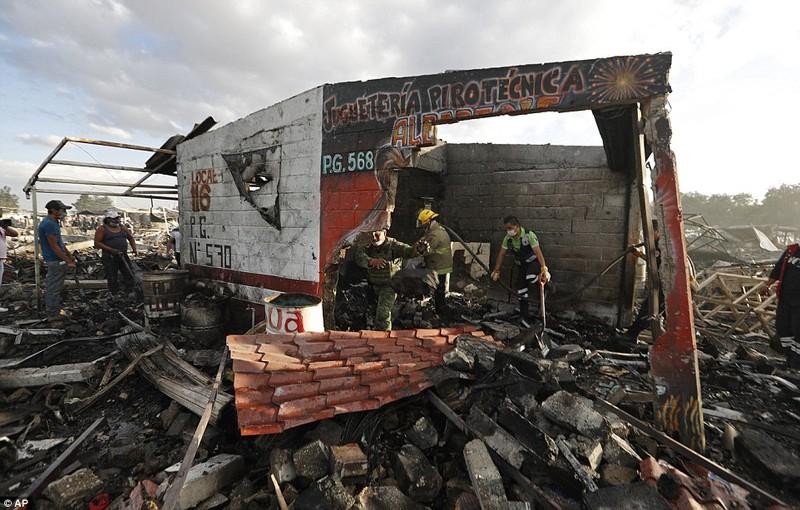 Cảnh hoang tàn sau vụ nổ pháo bông làm 26 người chết - ảnh 3