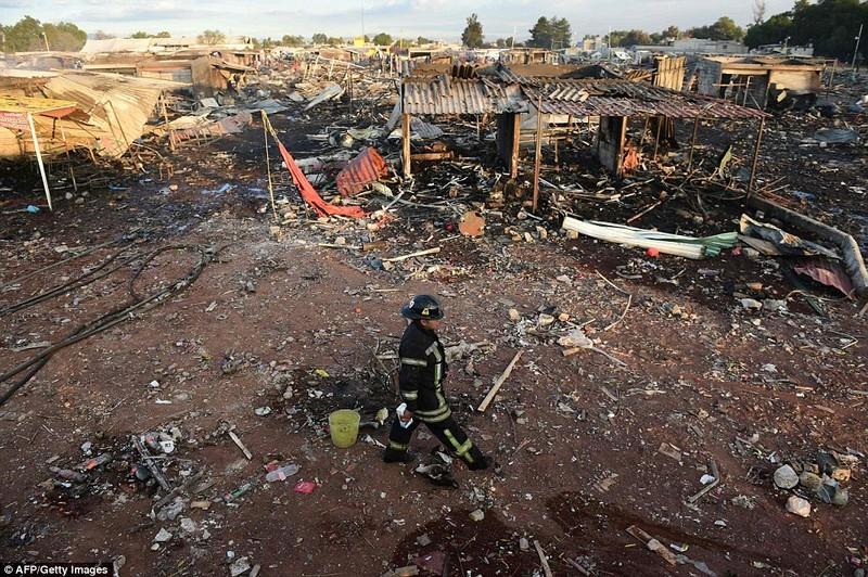 Cảnh hoang tàn sau vụ nổ pháo bông làm 26 người chết - ảnh 6