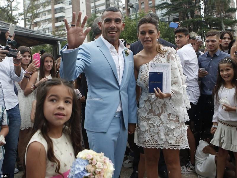 Đám cưới linh đình của ngôi sao Carlos Tevez - ảnh 5