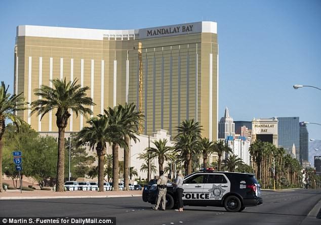 Xả súng Las Vegas: Bạn gái nghi phạm là người gốc Á - ảnh 4