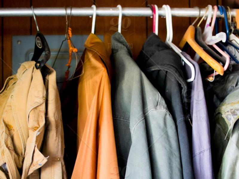 Lục lại áo khoác cũ, bất ngờ tìm thấy vé số 545 tỉ - ảnh 1