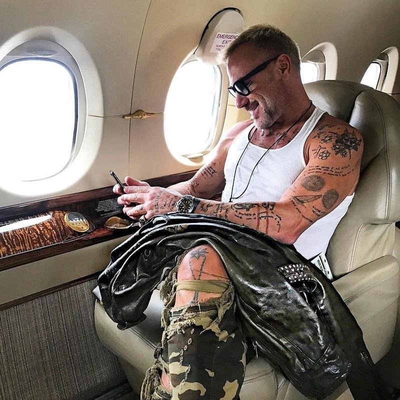 Đua nhau thuê máy bay để chụp ảnh 'sống ảo' - ảnh 3