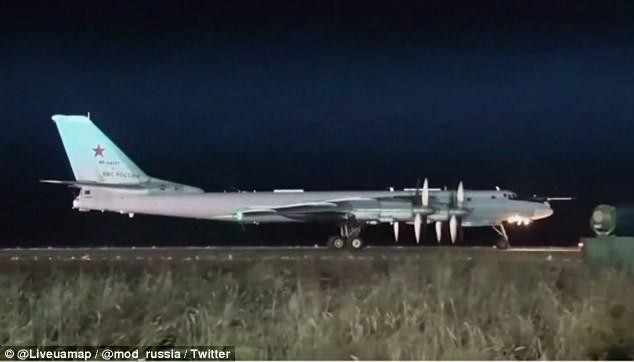 Nga thử tên lửa đủ sức mang 12 đầu đạn hạt nhân - ảnh 3