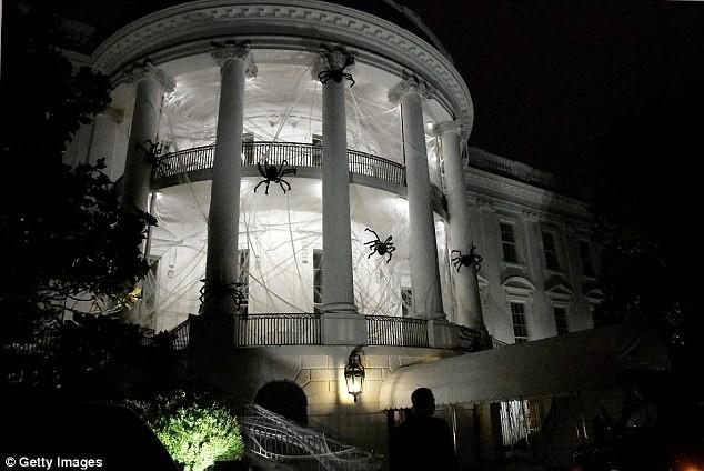 Halloween đầu ở Nhà Trắng của ông Trump có gì? - ảnh 3
