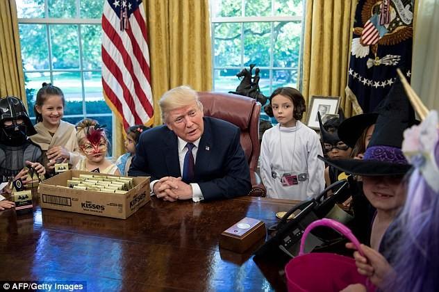 Halloween đầu ở Nhà Trắng của ông Trump có gì? - ảnh 5