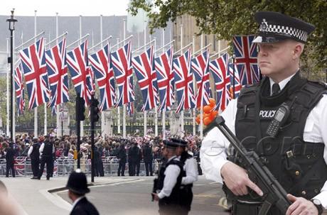 Choáng với độ xa hoa của lễ cưới Hoàng gia Anh - ảnh 3