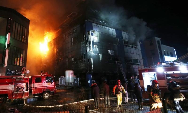 Cháy lớn tại Hàn Quốc, 29 người thiệt mạng - ảnh 1