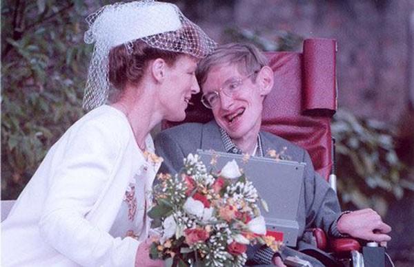 Cuộc đời thiên tài Stephen Hawking qua ảnh - ảnh 6