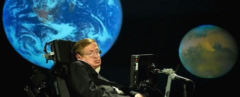 Những ngày cuối đời, GS Hawking hé lộ vũ trụ song song - ảnh 1